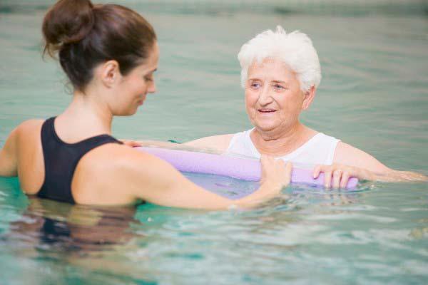 terapia_acuatica-vejez